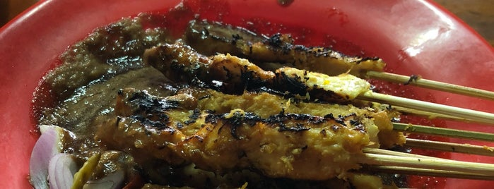 Sate Klopo Ondomohen Ibu Asih is one of SBY Culinary Spot!.