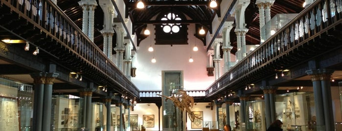 Hunterian Museum is one of United Kingdom.