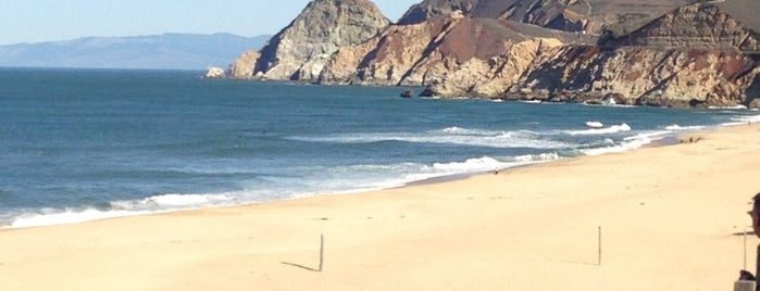 Montara State Beach is one of Lugares favoritos de Eric.