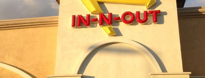 In-N-Out Burger is one of Tempat yang Disukai st.