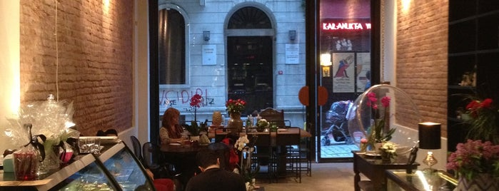 Nikol Galata is one of Coffeeshops in Istanbul.