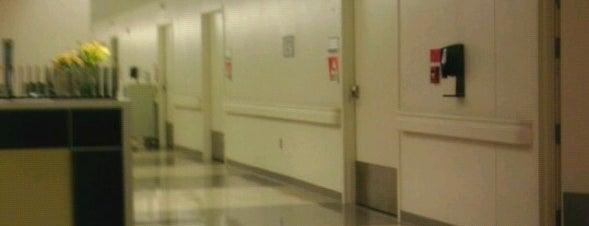 Palomar Medical Center Escondido is one of Jason : понравившиеся места.
