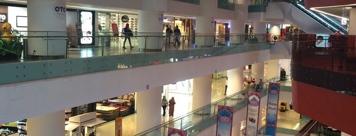 Sunway Putra Mall is one of Kuala Lumpur 🇲🇾 Shopping 🛍.