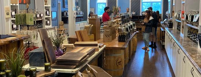Saratoga Olive Oil Company is one of Lake Placid.