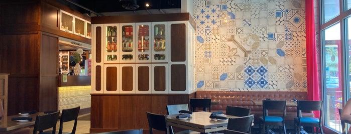 Paladar Latin Kitchen & Rum Bar is one of Lugares favoritos de Joshua.