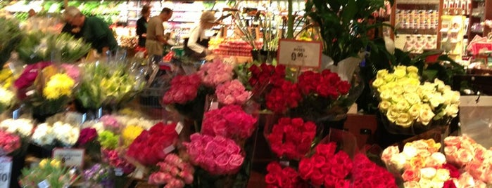 The Fresh Market is one of Boca faves.