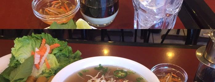 Pho Vietnamese Restaurant is one of DaRealVick : понравившиеся места.