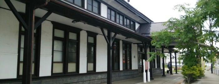 旧室蘭駅舎(室蘭観光協会) is one of สถานที่ที่ txt ถูกใจ.