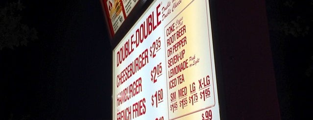 In-N-Out Burger is one of Lugares favoritos de Carmen.