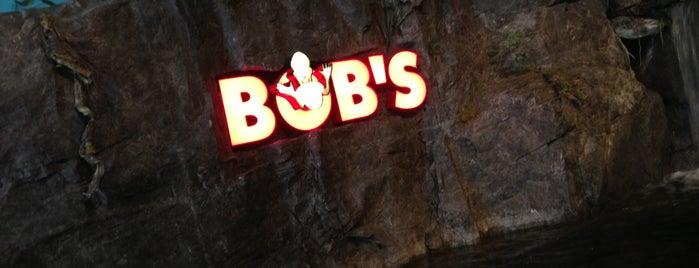 Bob's Discount Furniture is one of Laura'nın Beğendiği Mekanlar.