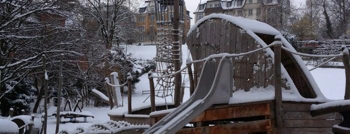 Spielplatz Kollerwiese is one of Zurich Kids.
