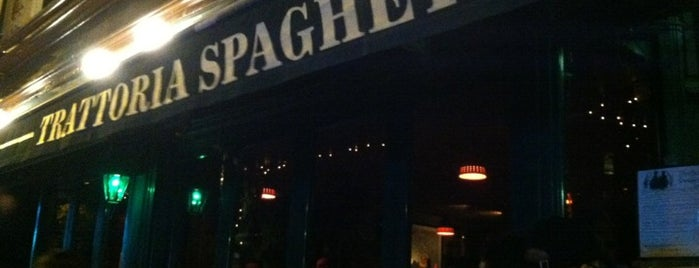 Trattoria Spaghetto is one of Locais curtidos por Jessica.