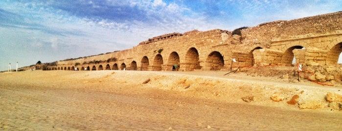Caesarea Aqueduct is one of Israil.