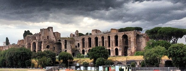 Circus Maximus is one of Roma.