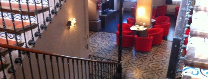 Villa Engracia Hotel Rural Espluga de Francoli is one of Posti che sono piaciuti a Helena.