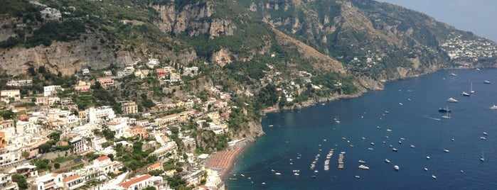 Le Agavi Hotel Positano is one of Hotel & posti dove ho dormito.