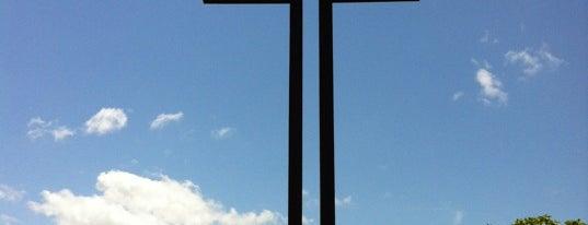 Croix de Lorraine is one of Nouméa, le Paris du Pacifique.