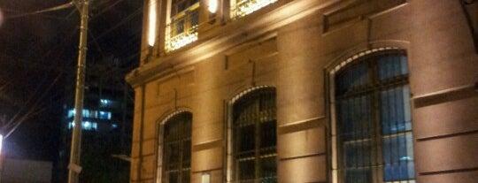Café del Teatro Municipal is one of Restaurantes & Bares.