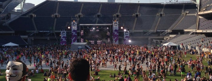 Soldier Field is one of Chicago To-Do List 2.0.
