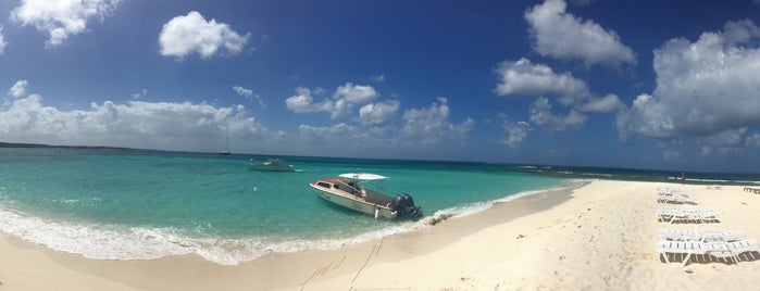 Sandy Island Restaurant is one of Anguilla.