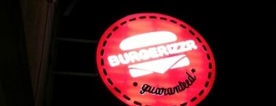 Burgerizzr is one of Taleb 님이 저장한 장소.