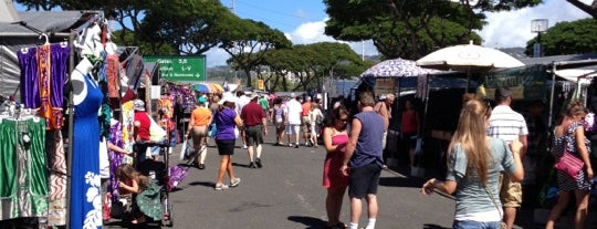 Aloha Stadium Swap Meet is one of Hawaii.