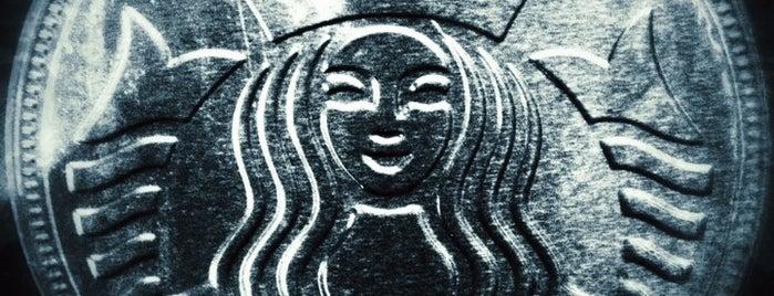 Starbucks is one of Ilker'in Beğendiği Mekanlar.
