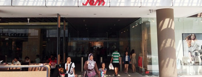 Jem is one of Retail Therapy Prescriptions SG.