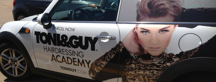 TONI&GUY Hairdressing Academy is one of Lugares favoritos de Albert.