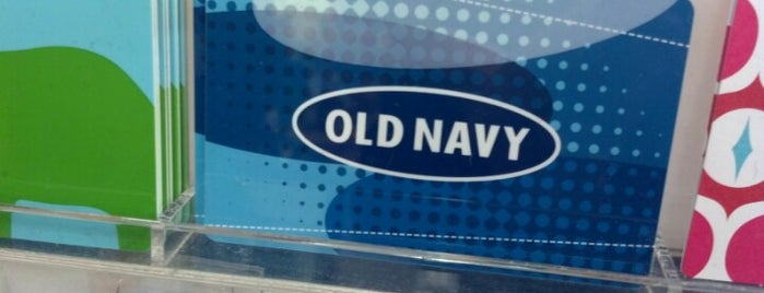 Old Navy is one of Lieux qui ont plu à Georgie.