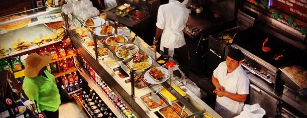 Cucina Liberta is one of Lugares favoritos de Jessica.