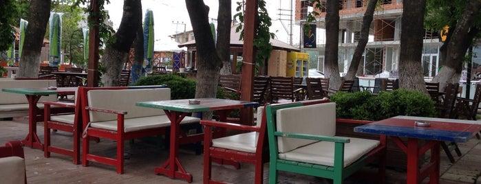 Kafeist Yaz Bahçesi is one of สถานที่ที่ Osman ถูกใจ.