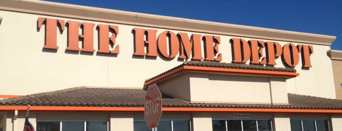 The Home Depot is one of Jose 님이 좋아한 장소.