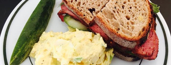 Speak Sandwiches is one of Lieux sauvegardés par Virginia.