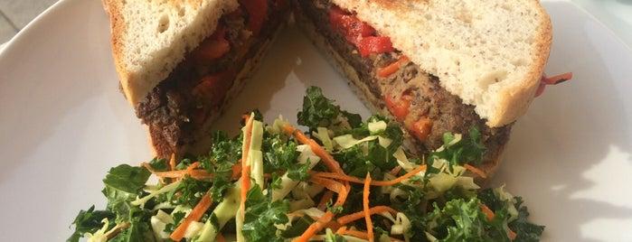 Twist Eatery is one of Orte, die islisha gefallen.