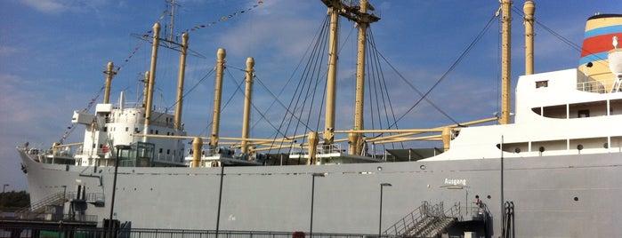 Schiffbau- u. Schifffahrtsmuseum im Traditionsschiff Typ IV is one of Ships modern.