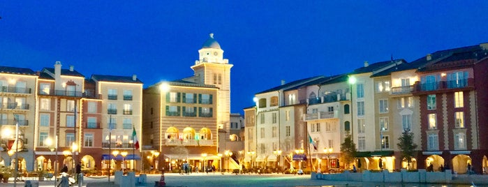 Loews Portofino Bay Hotel at Universal Orlando is one of Max 님이 좋아한 장소.