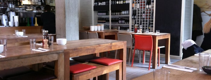 The Table Café is one of Lugares guardados de N..