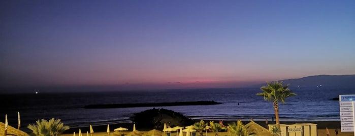 Sol Sun Beach is one of Locais curtidos por Laura.