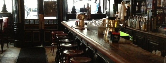 Pete's Tavern is one of Oldest Bars in New York City.