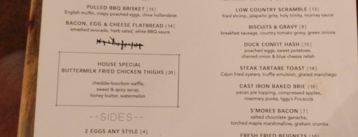 Buttermilk & Bourbon is one of Posti che sono piaciuti a Carlin.