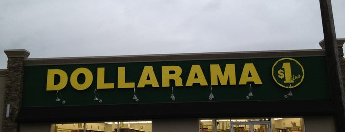 Dollarama is one of Locais curtidos por Kelly.