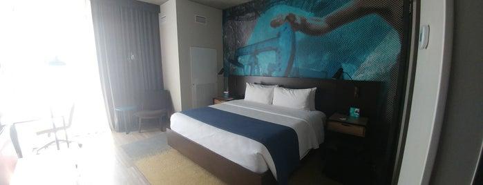 Hotel Indigo Tulsa Downtown is one of Orte, die IrmaZandl gefallen.