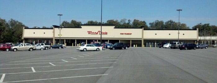 Winn-Dixie is one of B David : понравившиеся места.