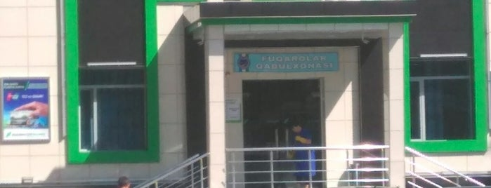 "Яккасарайский филиал ""Hamkor bank"" is one of Banks."