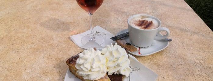 Café Gusto is one of Tempat yang Disukai Torsten.