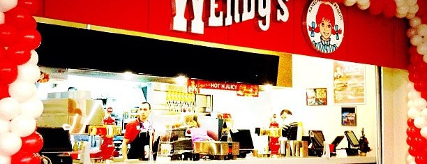 Wendy's is one of Lugares favoritos de Anna.