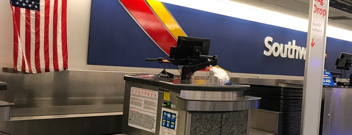 Southwest Airlines Ticket Counter is one of JC 님이 저장한 장소.