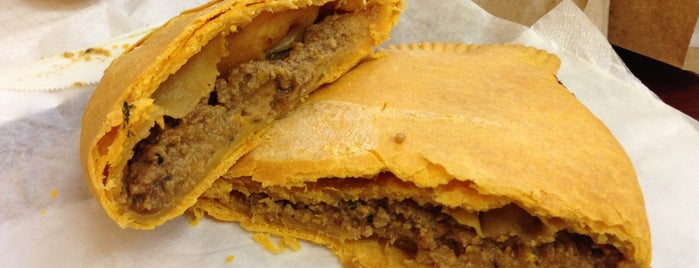 Christie's Jamaican Patties is one of Tempat yang Disimpan Fretdemlana.
