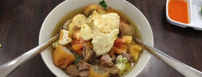 Dapur Oma is one of List Kuliner Jakarta.